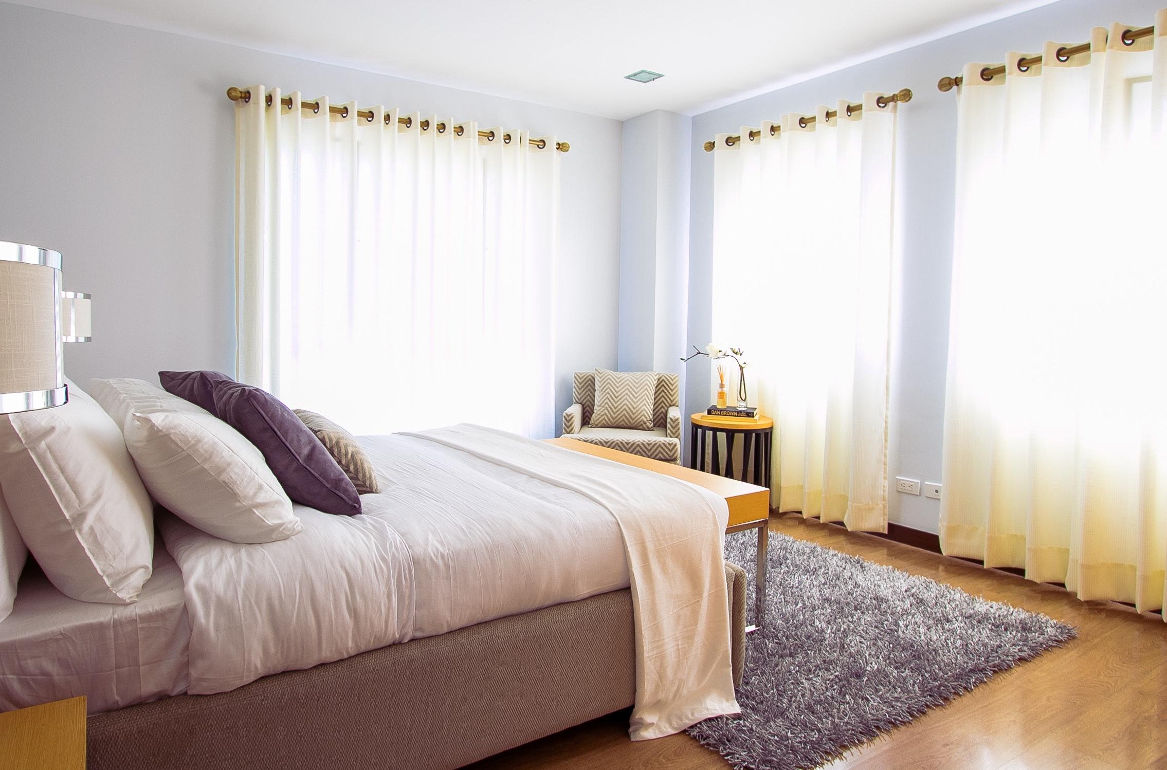 Рушим мифы: Как правильно поставить кровать