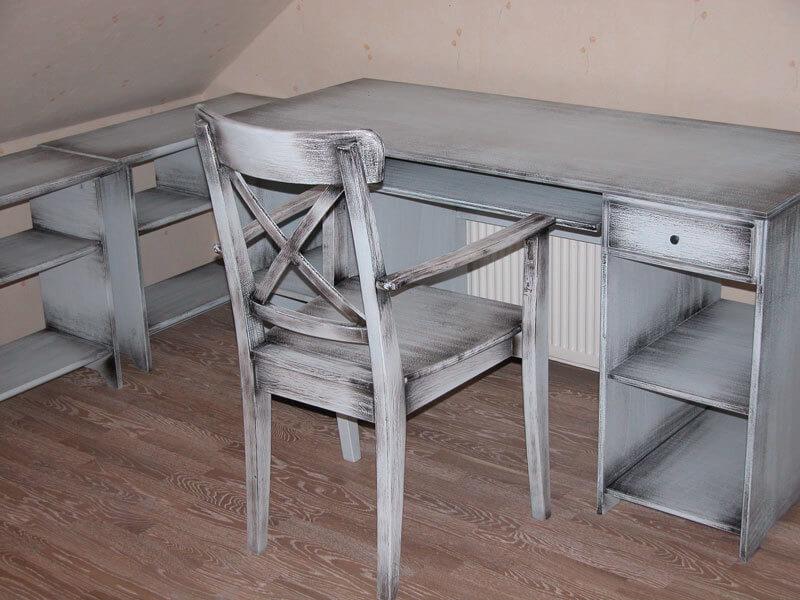 Винтаж: Простые способы состарить мебель и аксессуары