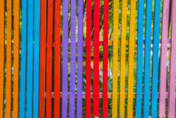 «Море цвета»: Как выбрать хорошую строительную краску