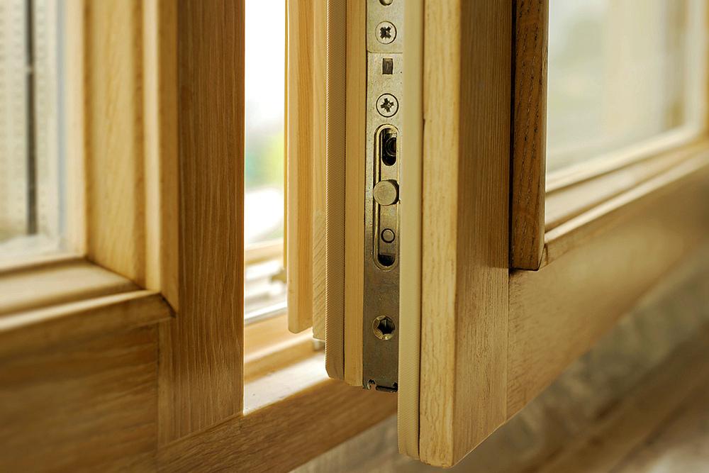 Меняем окна: Выбираем между деревянными и пластиковыми стеклопакетами