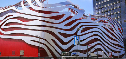 Автомобильный музей Петерсена, Лос-Анджелес США