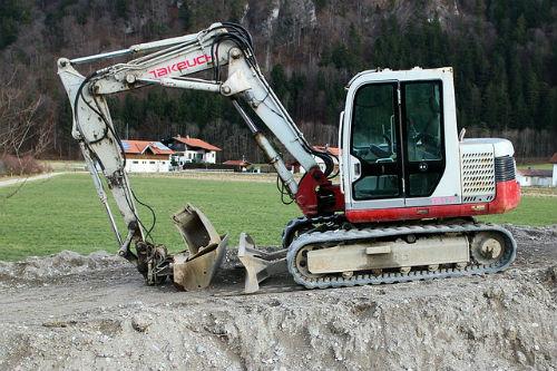 excavators-238140_640