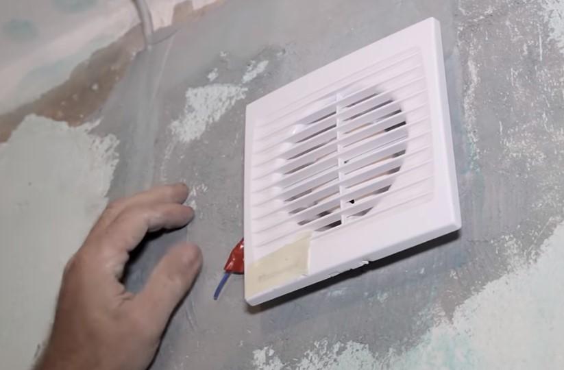 Установка вытяжки для ванной комнаты своими руками
