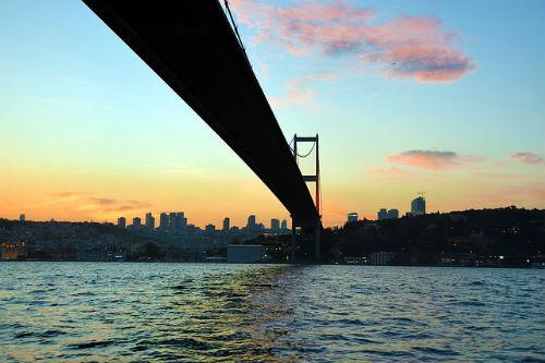 bridge-1466045_640