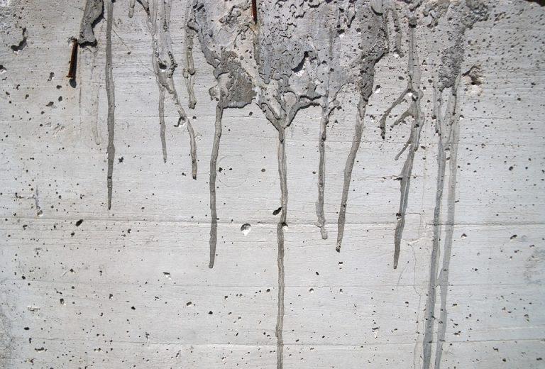 Брызги бетона дом монолитный из керамзитобетона